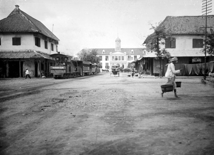 Balai Kota Batavia | Sumber: UGM